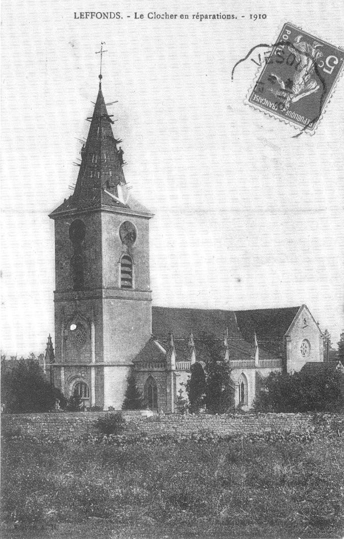 Le clocher en reparations 1910