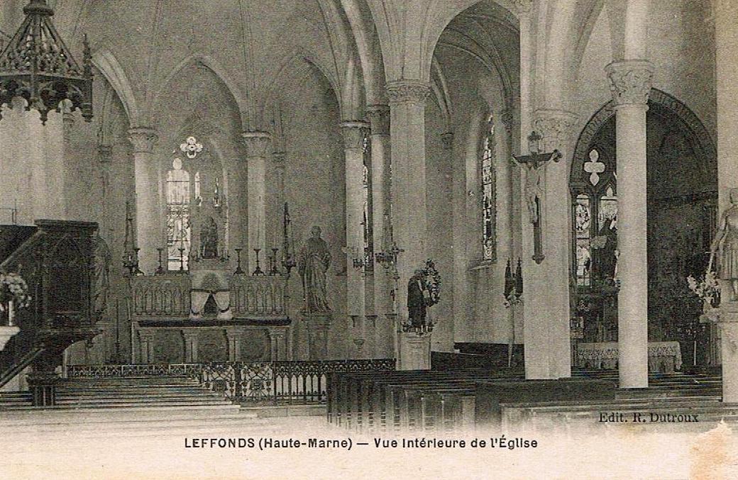 Vue intérieure de l'église de Leffonds
